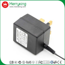 6W UK Plug Adaptateurs de tension linéaire
