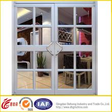 Алюминиевая дверь с защитной сеткой