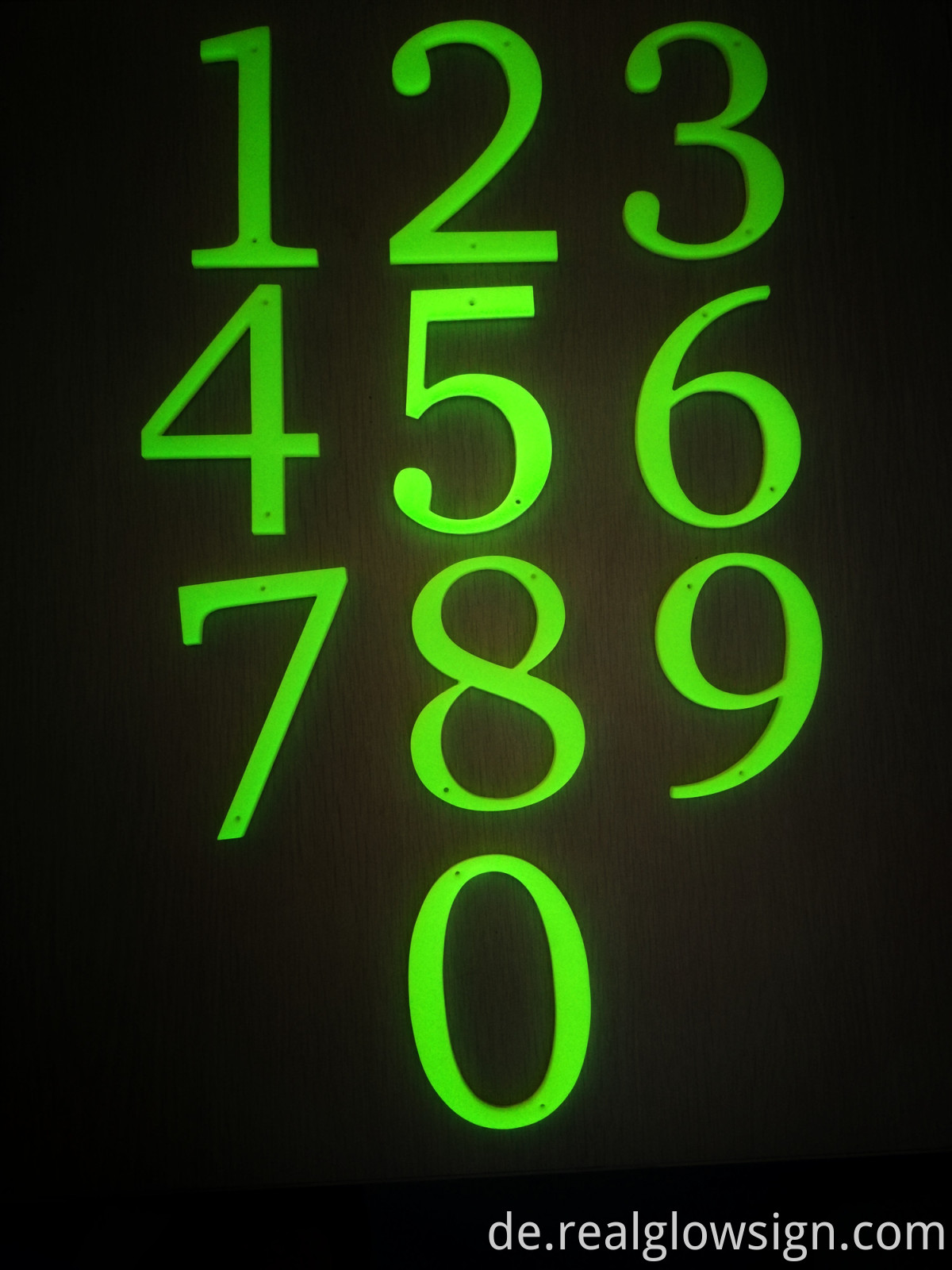 photoluminescent-THREE-DIMENSIONAL NUMBERS-night color