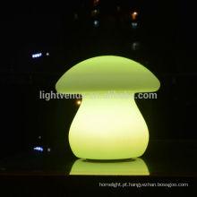 Fábrica do OEM para candeeiro de mesa de bar led Natal casa decoração interna recarregável em forma de cogumelo led luz de mesa