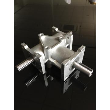 Small Aluminum House Gear Reducer with Steel Shaft
