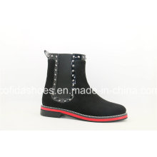 Latest Fashion Flat Casual Women′s Boots with Cool Studs