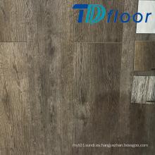 Compuesto plástico de madera profundo de alta calidad en suelo de WPC de la puerta