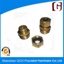 Macho de latón de alta precisión CNC para tornillos
