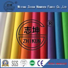 L'arc-en-ciel colore le tissu non-tissé de pp Spunbond pour des sacs à provisions en Chine