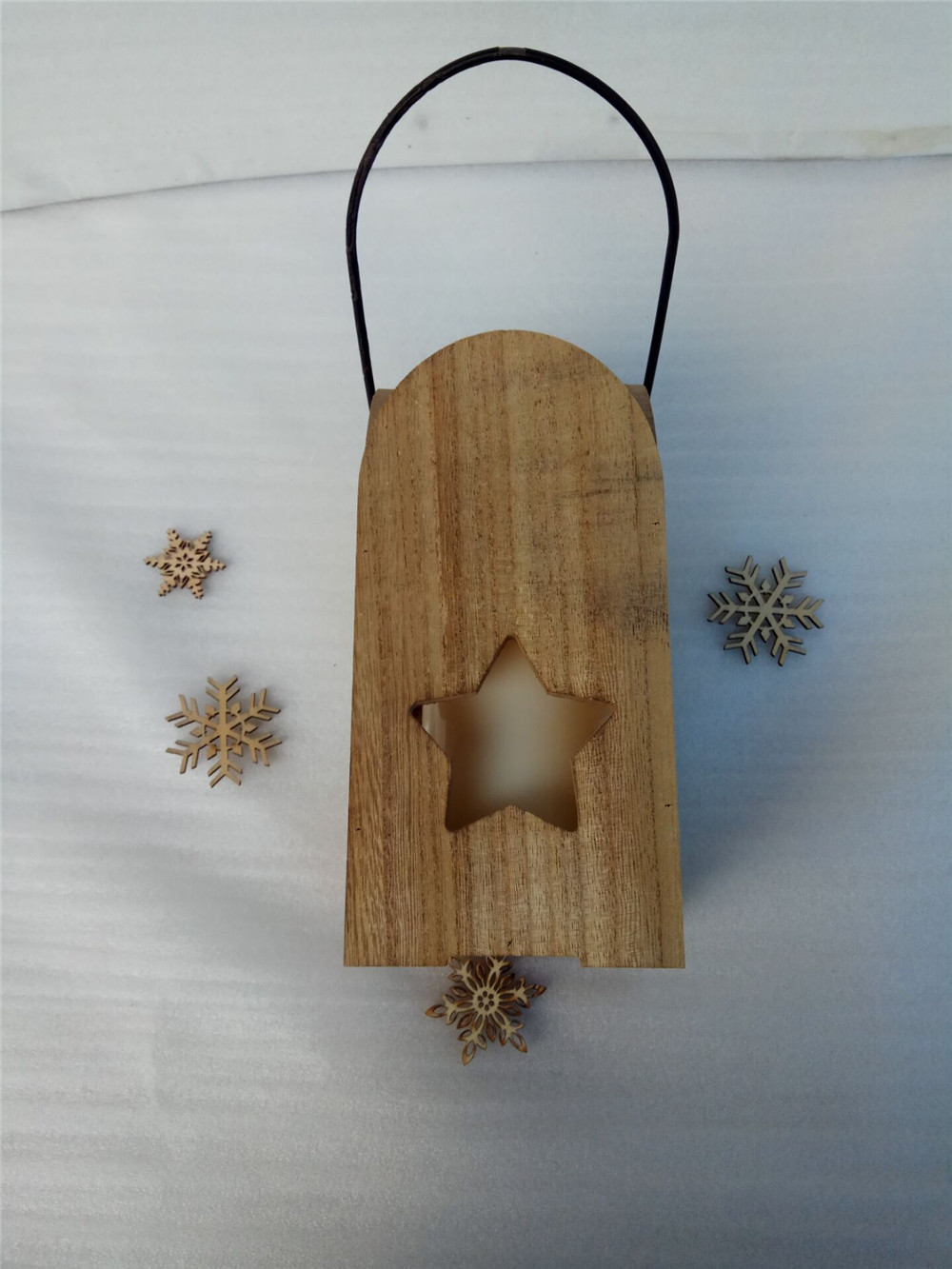 natrual wooden candle holder