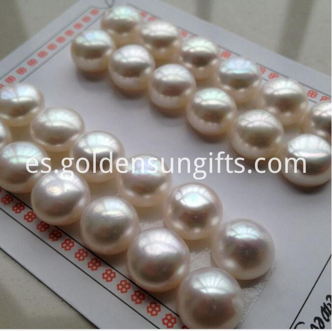 Matched pearls Beads