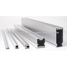 Sección de aluminio para sistema de estanterías de exhibición