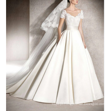 Alibaba Gorgeous Appliqued Bride Dress Vestido de noiva de manga curta vestido de noiva 2017