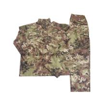 Military and Combat Acu Uniforms in Vegetato Camo