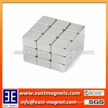 Block Starker dauerhafter gesinterter Neodym-Magnet (Block NdFeB Magnet) / kundenspezifischer silberner Farben starker Magnet für Verkauf