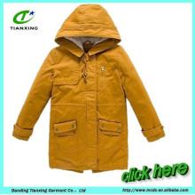 Revestimento de casaco de mulheres quentes de inverno quente e quente com casaco acolchoado