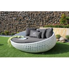 Amazing Diseño sintético Poly rattan Sun Lounger redonda para el jardín al aire libre piscina Resort Muebles de mimbre