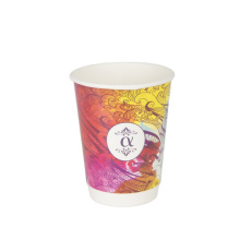 Colorful eco friendly paper cups with cover takeaway