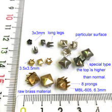 Goldtone pirâmide Studs para Leathercrafts