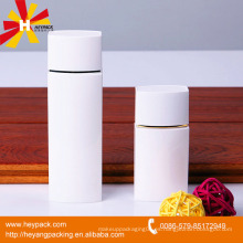Botella cuadrada plástica agradable del color blanco