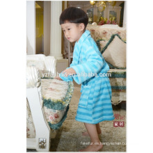 Azul raya impresa niños niños polar cálido suave albornoz con capucha