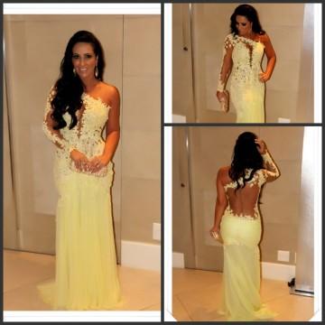 2015 Bester verkaufender einzelner langer Hülsen-Abend-Kleider Spitze Appliqued bloßer rückseitiger Hüllen-gelber Tulle-Rock-Berühmtheits-Abschlussball-Kleid