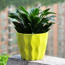 Pot de fleur en plastique coloré de vente chaude pour la décoration à la maison