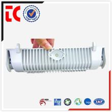 Personalizar el fregadero de la luz de aluminio de la alta calidad fundiendo la fundición