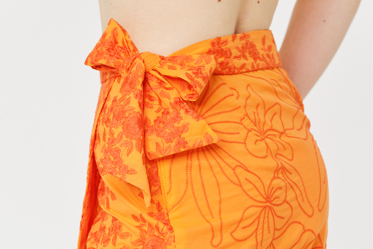 Embroidery sets skirt bow