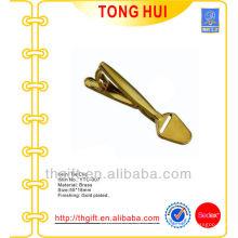 Die Goldschaufel geformte Krawattenklammern Metall mit leerem Logo