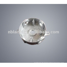 Zinco personalizado / zamak liga alumínio lâmpada sombra e tampa