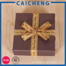 Boîte-cadeau ou boîte d'emballage de papier fait sur commande de prix bon marché