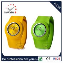 Fashion Promotion Günstige Sport Damen Armband Slap Silikon Uhr (DC-101)
