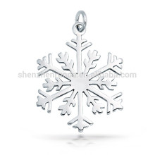 high Polished Finish Snowflake Pendant Charm Christmas Gift