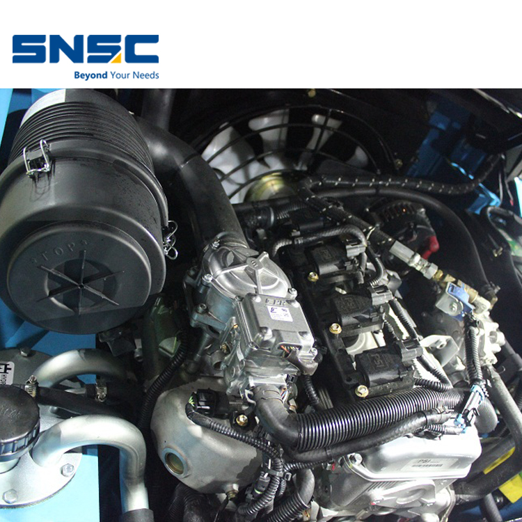 Nissan Engine 2.5Ton New LPG رافعة شوكية