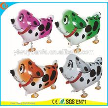 Venta caliente regalo de Navidad Spotted Dog Walking Pet Balloon Toy