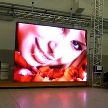 Alquiler de camión remolque con pantalla LED