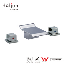 Haijun 2017 Decorated Ornate 0.1~1.6MPa Dual Handle Thermostatic Waterfall Basin Faucet