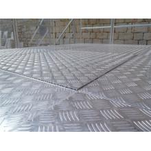 Paneles antideslizantes de aluminio de nido de abeja de tamaño personalizado para el suelo