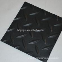 Rhombus anti-slip rubber mat