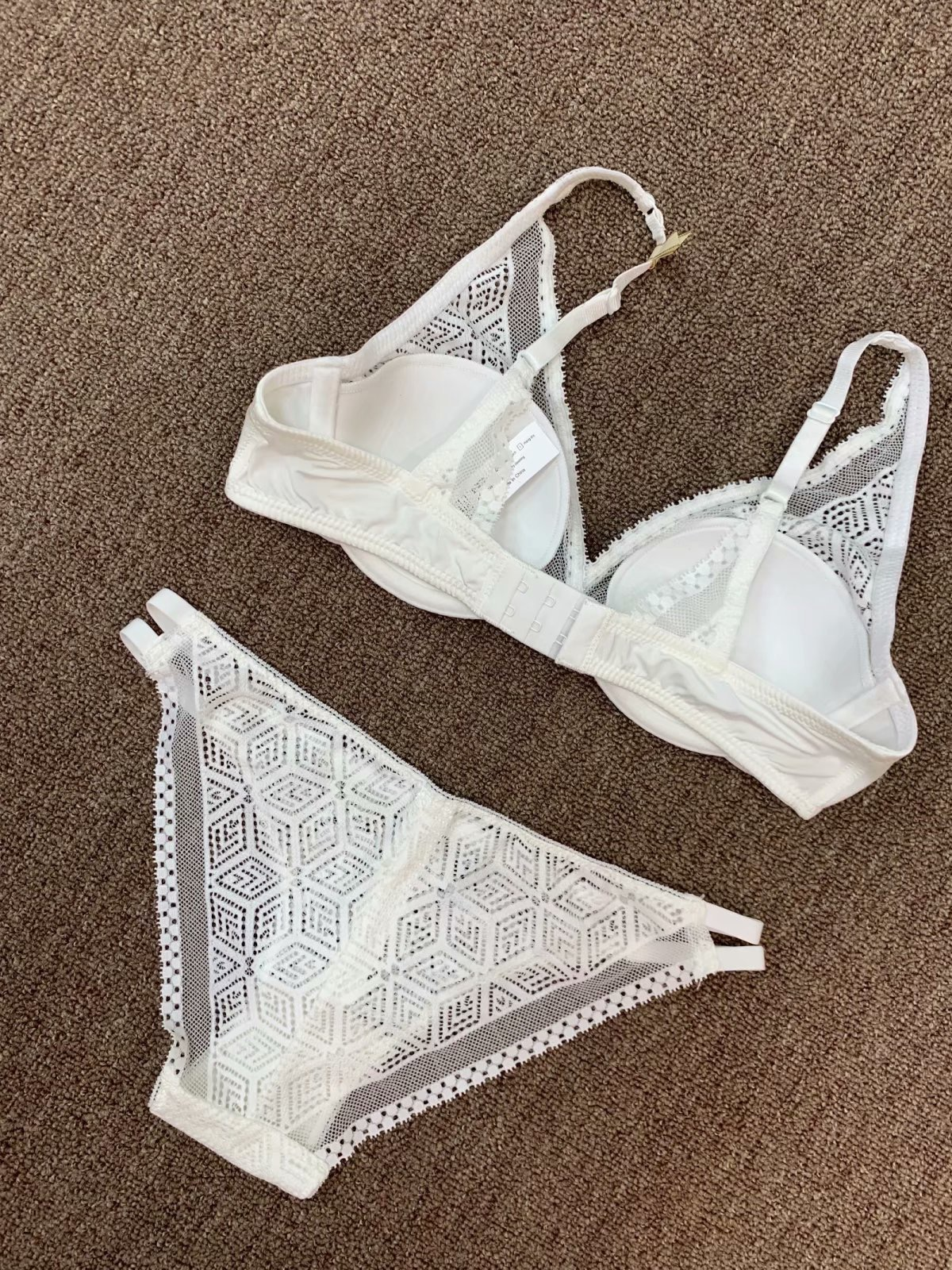 34 pad wire cup net lace bra and panty