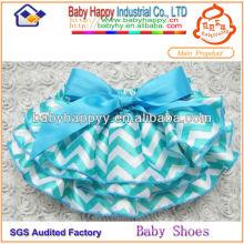 Vente en gros Chine Shenzhen couleur vive cool fantaisie vêtements de mode en satin prix bon marché baby bloomer