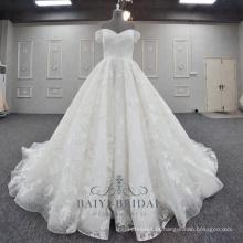 Laço bonito Appliqued Vestidos De Noiva Com Ombro Fora Do Projeto Uma Linha De Vestido De Casamento 2018