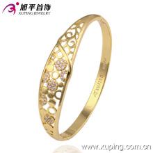 Novo bracelete charmoso com diamantes em ouro de 14k