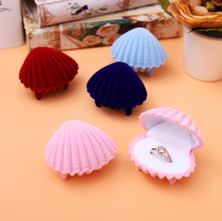 Shell shape beautiful wedding ring box