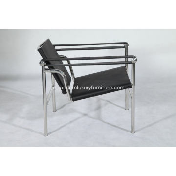 가죽 벨트 Basculant chair replica
