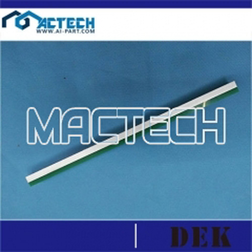 Dek-157387-193199-cleaning rubber
