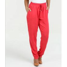calças com bolso elástico na cintura