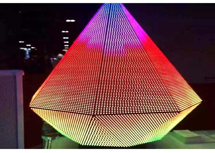 full color Customizable creative triangle screen