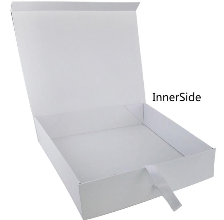 Cardboard Folding Magnetic Clothing Packaging Box