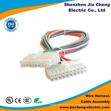 Montagem de cabo com conector preciso de isolamento