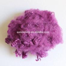 fibre discontinue de polyester régénérée, agrafe de fibres de polyester teintée, fibre synthétique