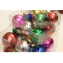Adorno de bola de decoración de árbol de Navidad con diseños punteados