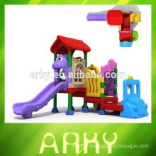 2015 nouvellement conçu CE certifié enfants en plastique diapositive en plein air parc structure de jeu maison de jeu